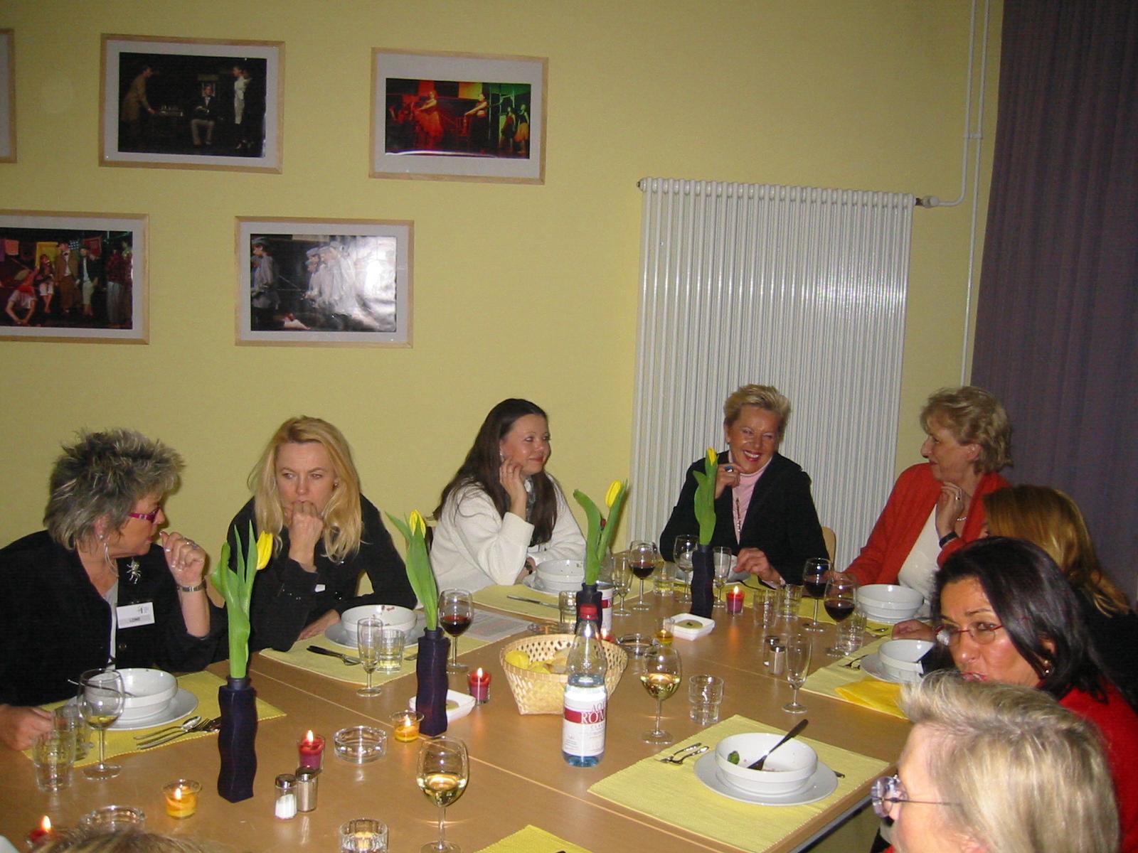 women s business club zur gast am ludwig frank gymnasium mannheim. Black Bedroom Furniture Sets. Home Design Ideas
